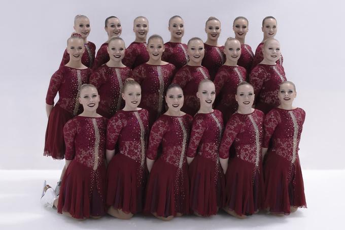 Rockettes_Lyhkäri_LowRes